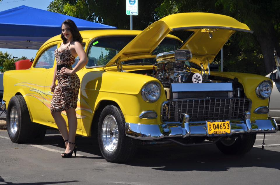 The Springfield Car Cruise Show Shine Downtown Springfield Oregon - Cruise car show